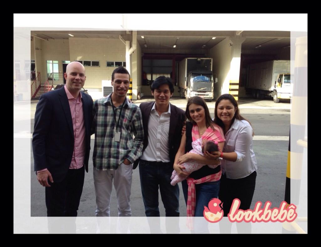 Na saída com Davis Smith, Rafael, In e Leidiane