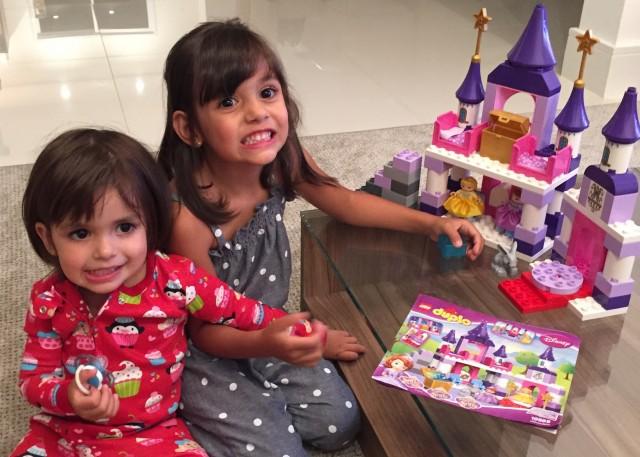 LEGO da Princesa Sofia montado pela Bru (e Lala)