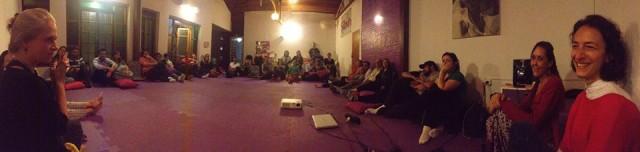 Reunião semanal para casais grávidos do Samaúma. Foto: Além D'Olhar