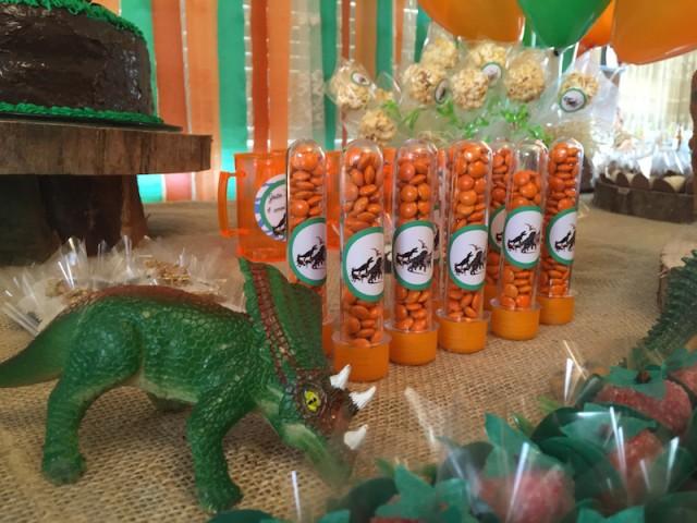 festa em casa tema dinossauro infantil tubinhos mm confeti